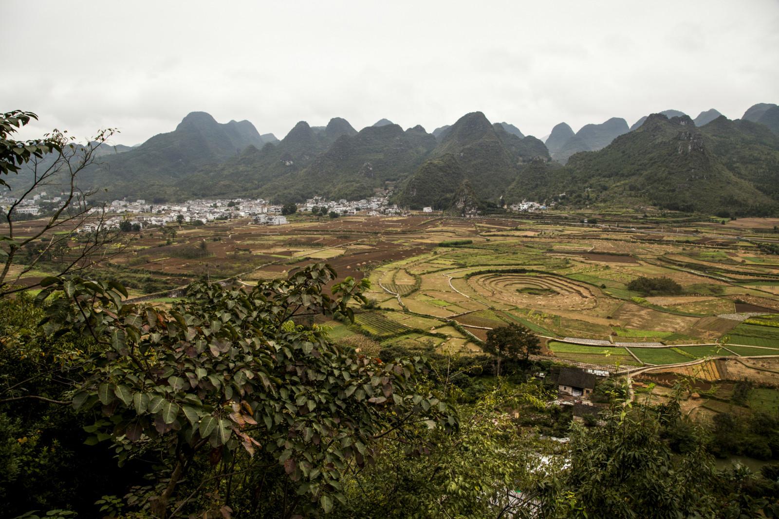 2016多彩贵州行之八----万峰湖,万峰林
