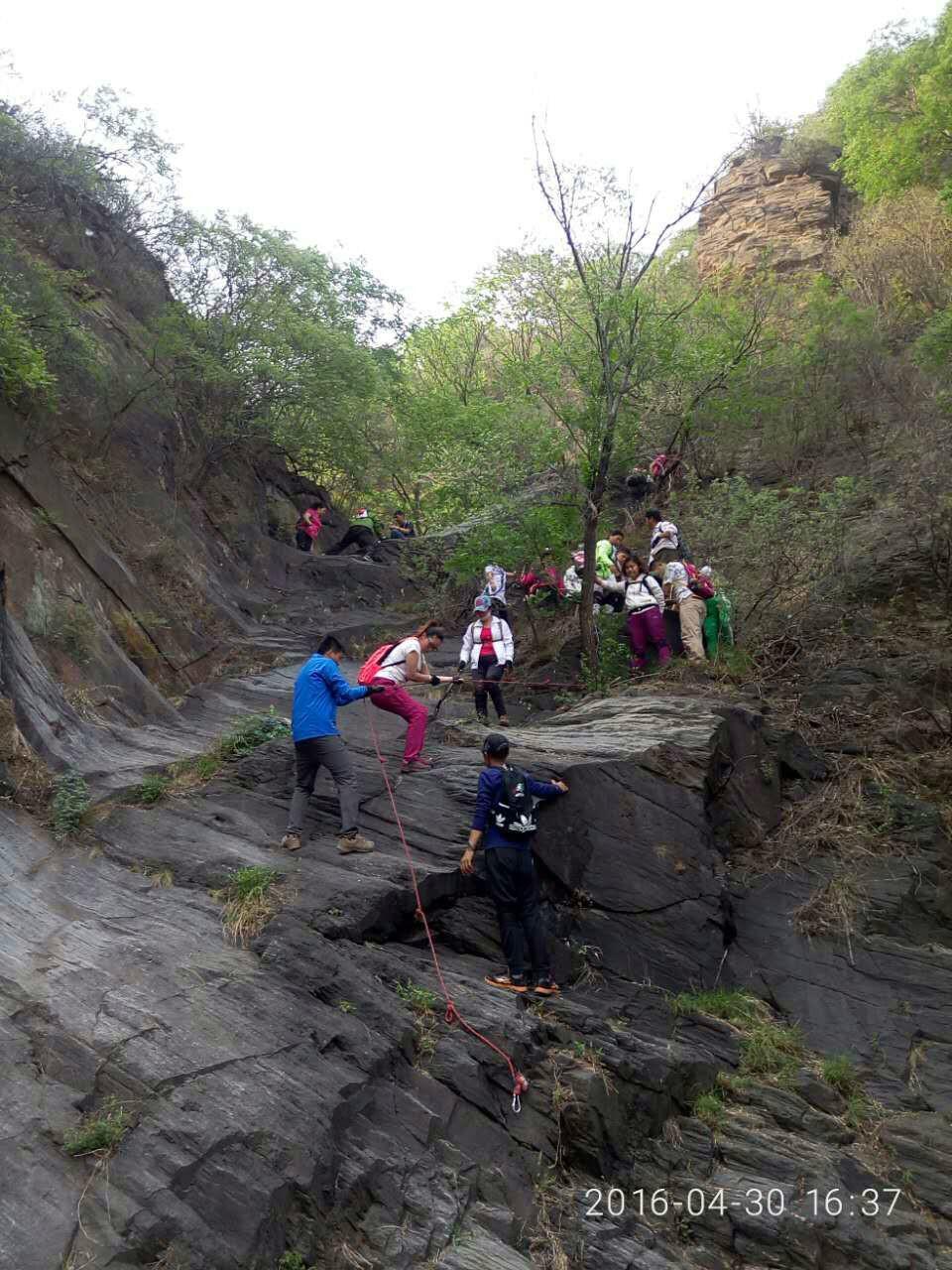 登山游记之八《穿越任务繁重的幽岚山一日》