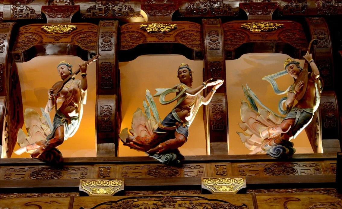 梵宫图片木雕大花瓶