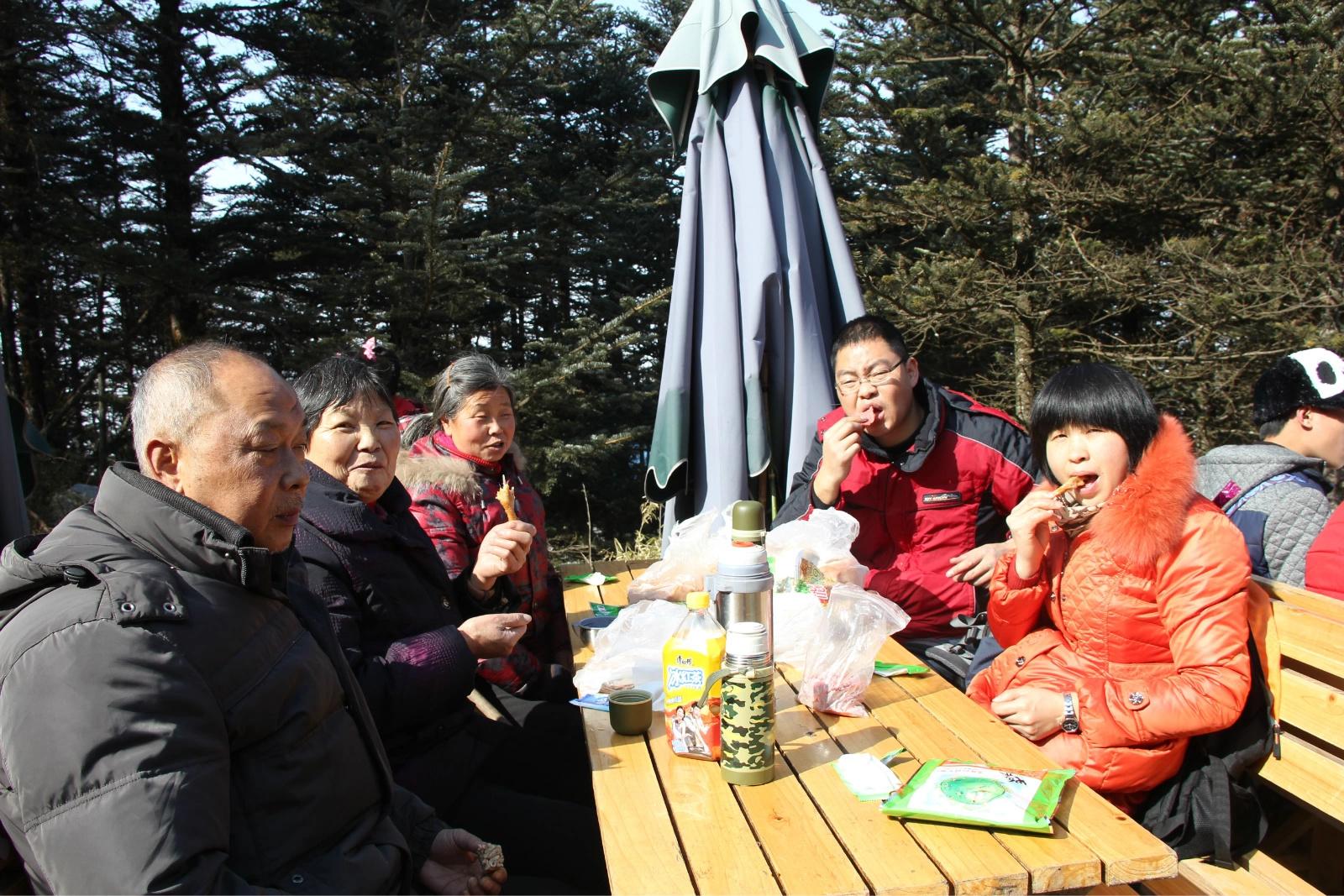 14年春节前游峨眉山