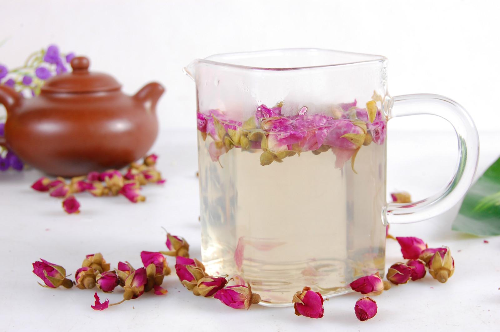 玫瑰花茶加蜂蜜_玫瑰花茶加冰糖会不会影响功效?-